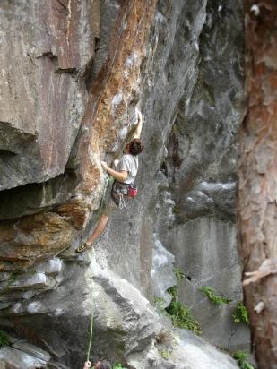Tom Zaleski on Kundalini (5.12d) at Bonsai
